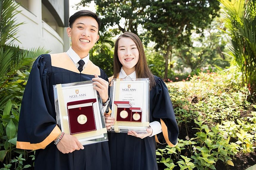 Top graduates Emmett Goh and Lynette Lau were among the more than 4,500 Ngee Ann Polytechnic graduates who were issued with the mobile learning package called Beginnings (above right), which consists of four micro-learning courses.