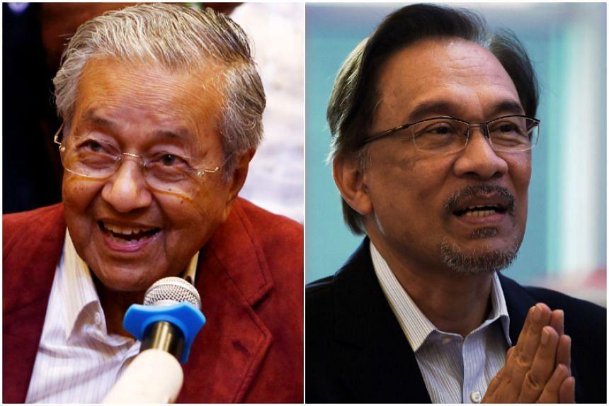 Malaysian Prime Minister Mahathir Mohamad (left) said the Malaysian King has consented to granting Datuk Seri Anwar Ibrahim a full and immediate pardon.