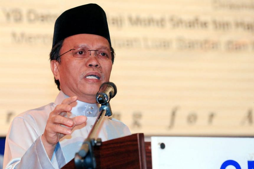 The five assemblymen have followed Warisan chief Datuk Seri Mohd Shafie Apdal to inform Sabah's governor about the new majority at around 3pm.