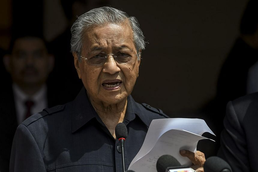 Malaysian newly elected Prime Minister Mahathir Mohamad speaks during a press conference in Kuala Lumpur, Malaysia, on May 11, 2018.