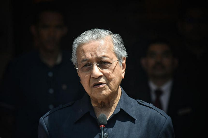 Malaysia's Prime Minister Mahathir Mohamad vowed that an investigation would be carried out into evidence of some manipulation in the general election.