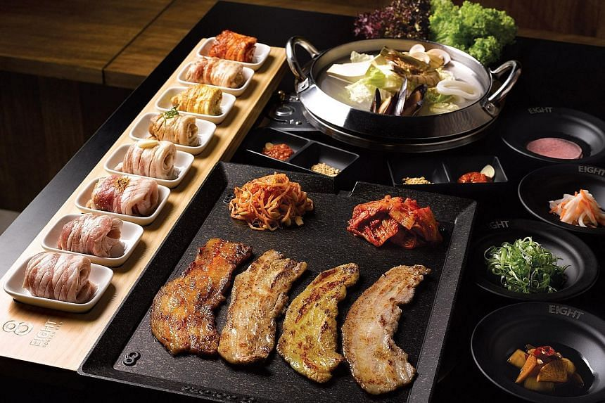 The signature 8 Colours Set from Eight Korean BBQ.