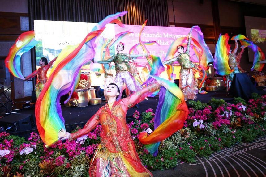 A performance for attendees of the Wat Ananda Metyarama Thai Buddhist Temple's celebration lunch on May 13, 2018.