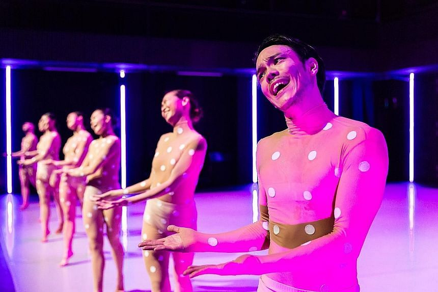 In Paradiso, Israeli choreographer Shahar Binyamini works with lighting designer Gabriel Chan to conjure a neon prison-lab where bodies adorned with polka dots are put on parade.