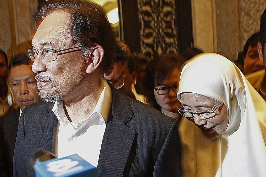 PKR president and Deputy Prime Minister Wan Azizah Wan Ismail said Datuk Seri Anwar Ibrahim's appointment as prime minister would be made in accordance with the original plan, during the middle of the new Pakatan Harapan government's term.