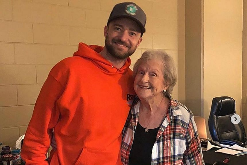 Grandmother Bette Maloney with singer Justin Timberlake before she attended his concert.