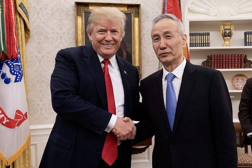 US President Donald Trump has met Chinese Vice-Premier Liu He, who is leading a trade delegation in Washington.