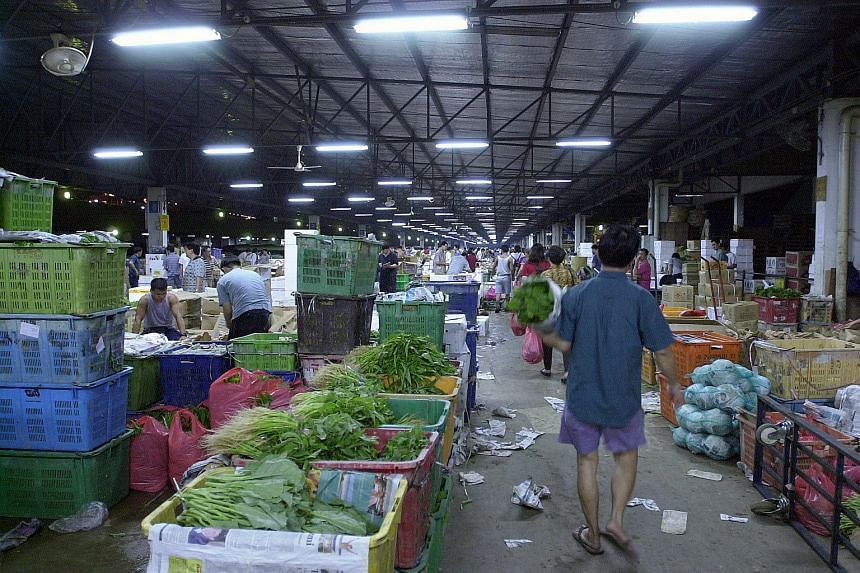 The Pasir Panjang wholesale market. Overall domestic wholesale trade rose by 3.2 per cent from a year ago after adjusting for price changes.