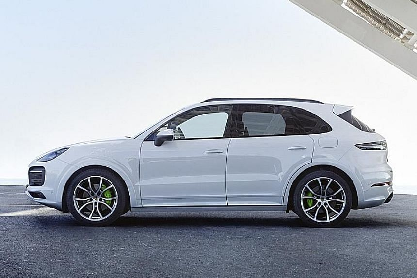 The Porsche Cayenne E-Hybrid can travel in an all-electric mode.