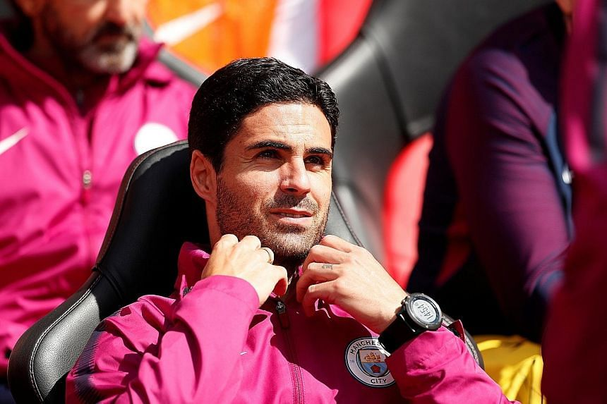 Arsene Wenger has backed former Arsenal captain Mikel Arteta (above), now Manchester City assistant coach, to be the new Gunners boss.
