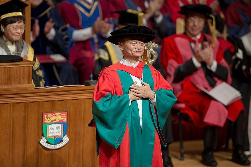 aa4dbf0167 Jack Ma receives honorary doctorate from HKU