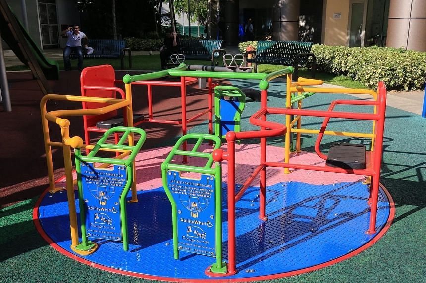 City Square Mall (above) has a playground with a merry-go-round that caters to children who use wheelchairs. The mall won the BCA-MSF Universal Design Mark for Family-Friendly Business. Kampung Admiralty, developed by the Housing Board, was one of fo