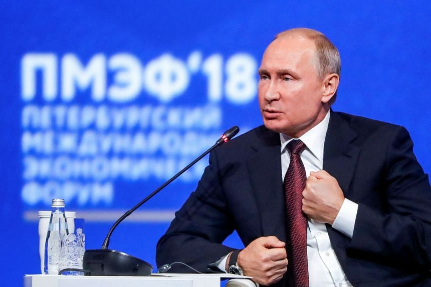 Putin speaking during a session of the St Petersburg International Economic Forum, May 25, 2018.