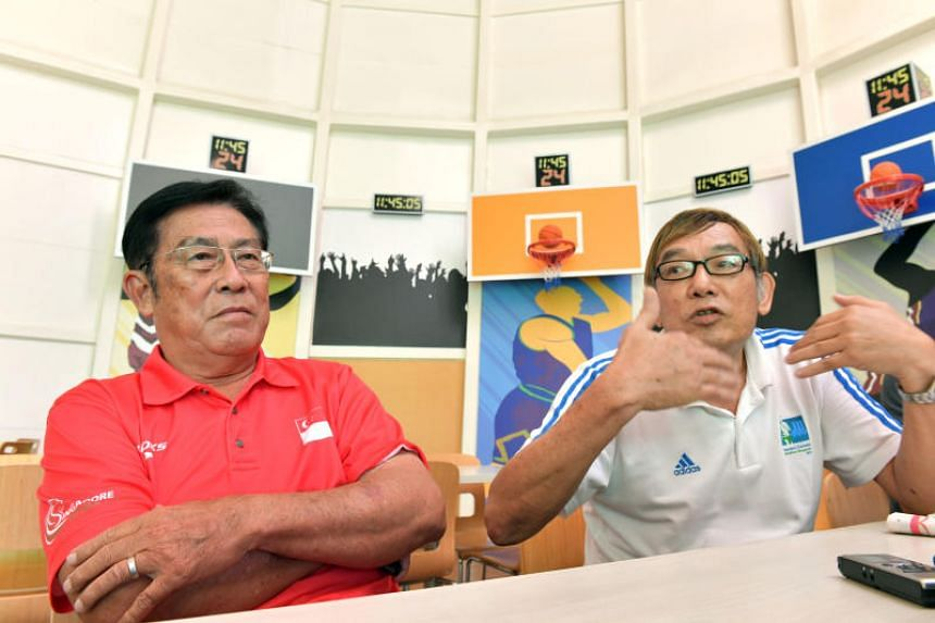 Singapore Athletics' vice-president (competitions organising) Loh Chan Pew and president Ho Mun Cheong at a press conference on May 5, 2017.