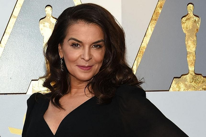 """Annabella Sciorra wrote: """"Anyone knows where I can get front-row seats?!"""" Mira Sorvino tweeted a link to an article about Weinstein and added the hashtag #Justice. Asia Argento suggested that the video of Weinstein's arrest would be the only movie he"""