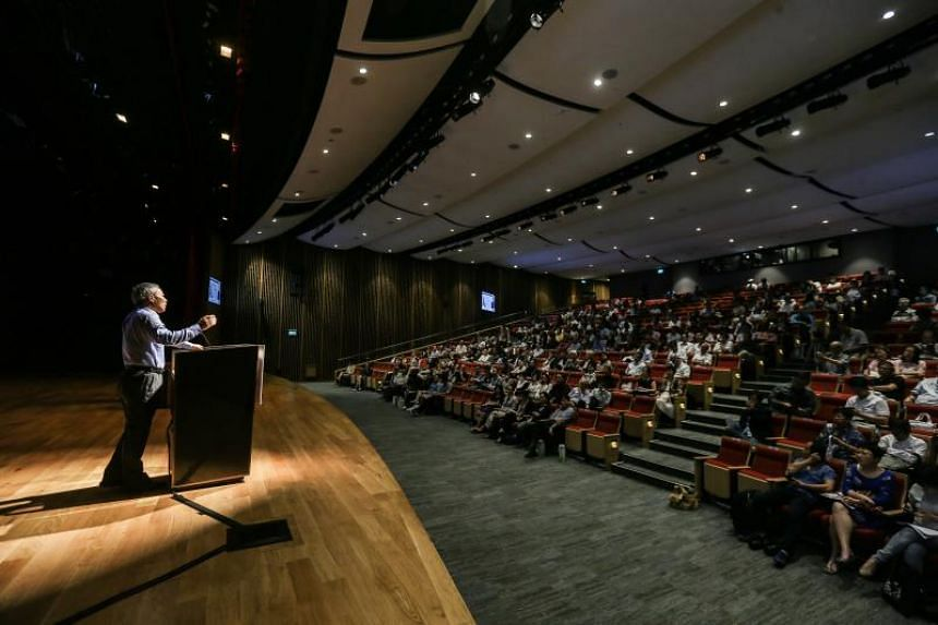 The opening ceremony of the Lianhe Zaobao Literary Festival at the Singapore Chinese Cultural Centre.