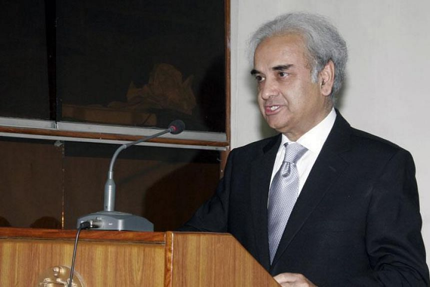 Pakistan's former chief justice Nasir Ul Mulk will head a technocratic government until elections.