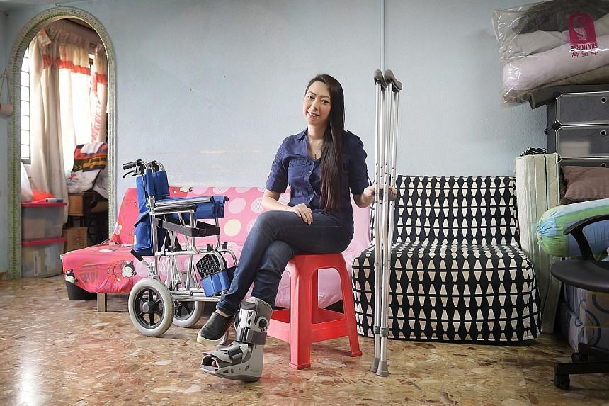 After Ms Carol Ng fractured her right foot, she developed such severe pain that she even had to leave her job. She later learnt that she was suffering from complex regional pain syndrome on her foot. To help manage the pain, her doctor had to treat h