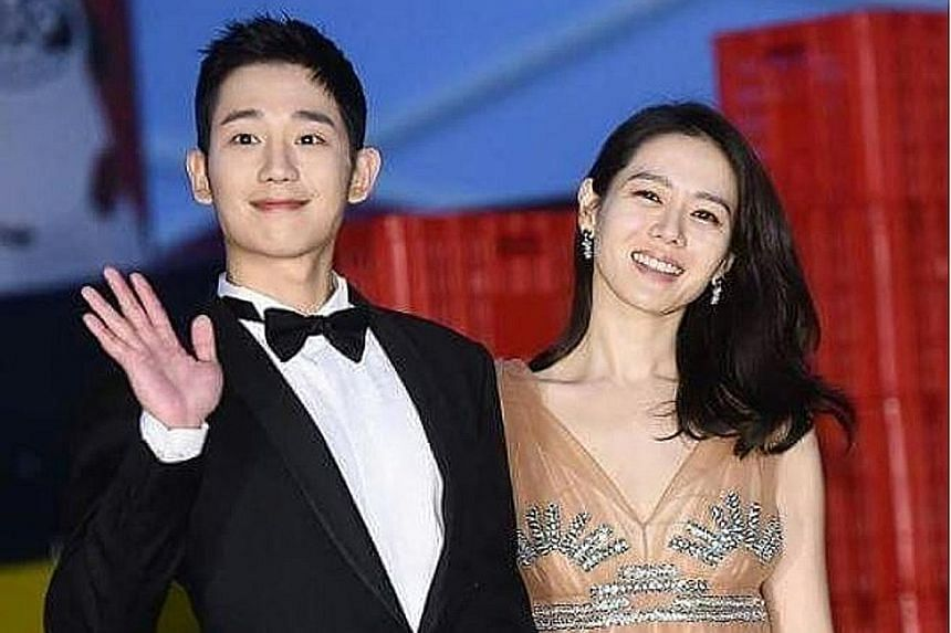Actress Son Ye Jin, 36, and actor Jung Hae In, 30, at the Baeksang Arts Awards ceremony in Seoul. The duo walked the red carpet hand-in-hand, beaming radiantly.
