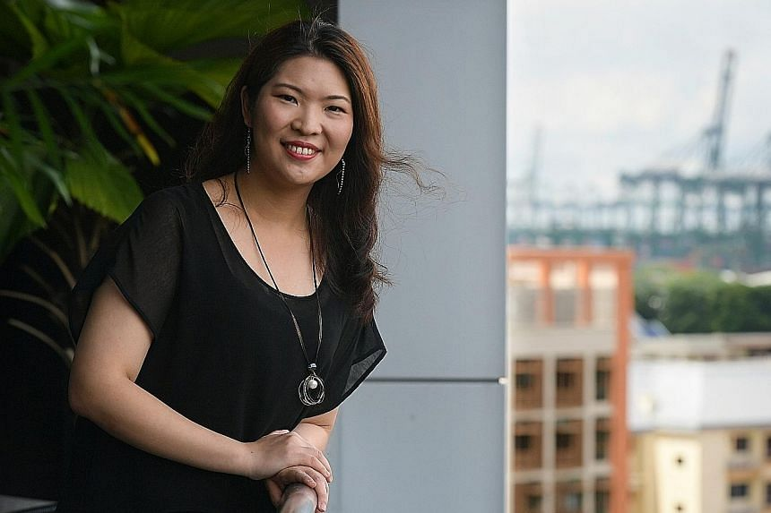 Using data from computer simulation models and observations, Dr Lee Hsiang-He's study showed that about 40 per cent of bad air days in Singapore were caused by a combination of both domestic and foreign sources of air pollution. It suggested that a f