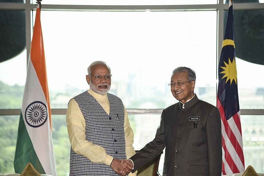 Indian Prime Minister Narendra Modi called on Tun Dr Mahathir Mohamad in Putrajaya yesterday morning. It was the first meeting between the two leaders.