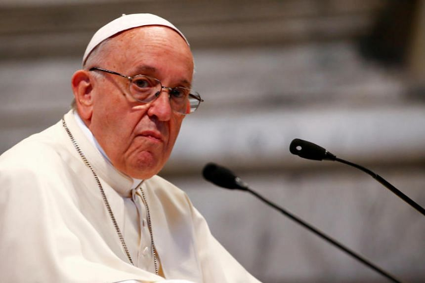 In a letter to all Chilean Catholics, Pope Francis praised victims of sexual abuse in the country for persevering in bringing the truth to light despite attempts by Church officials to discredit them.