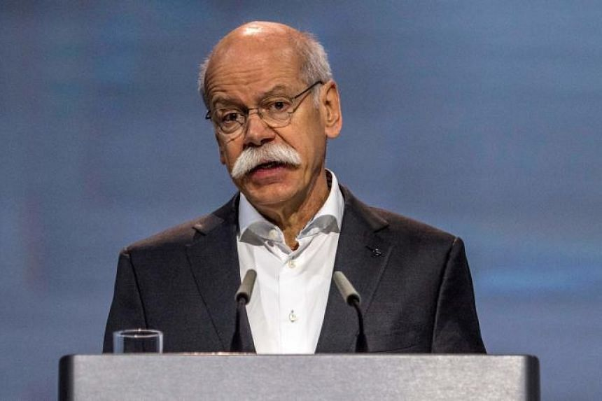 Daimler boss Dieter Zetsche was questioned over how many Mercedes-Benz vans and cars need to be fixed after a regulator found illegal software in one of its models.