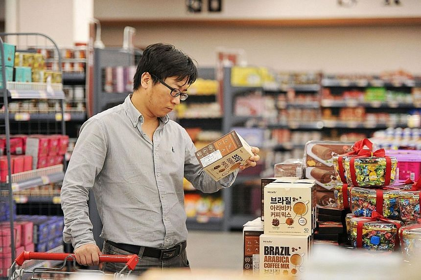 China is cutting import tariffs on consumer items including cosmetics and health products.