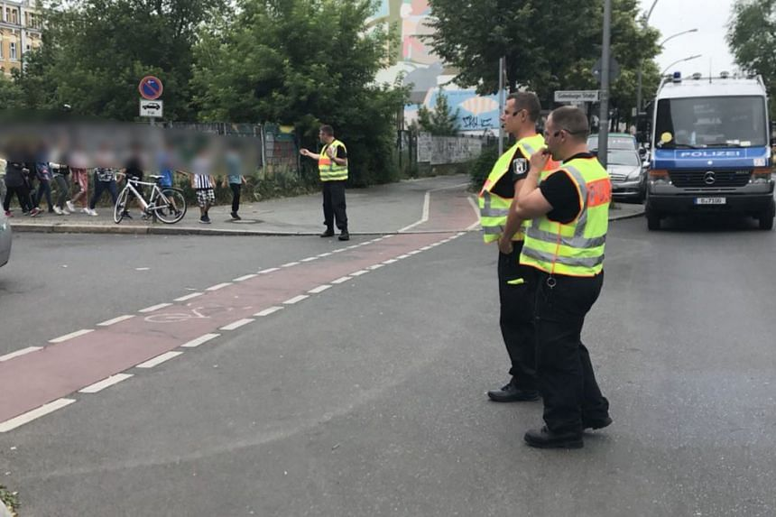 """German police sealed off a primary school in Berlin and the surrounding area on due to a potentially """"dangerous situation"""" on June 5, 2018."""