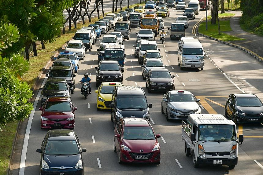 File photo showing traffic along Lornie Road.