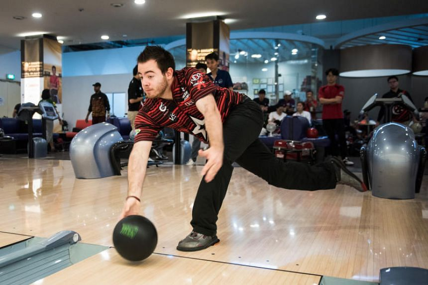 American two-handed bowler Anthony Simonsen at Temasek Club bowling alley, on June 7, 2018.