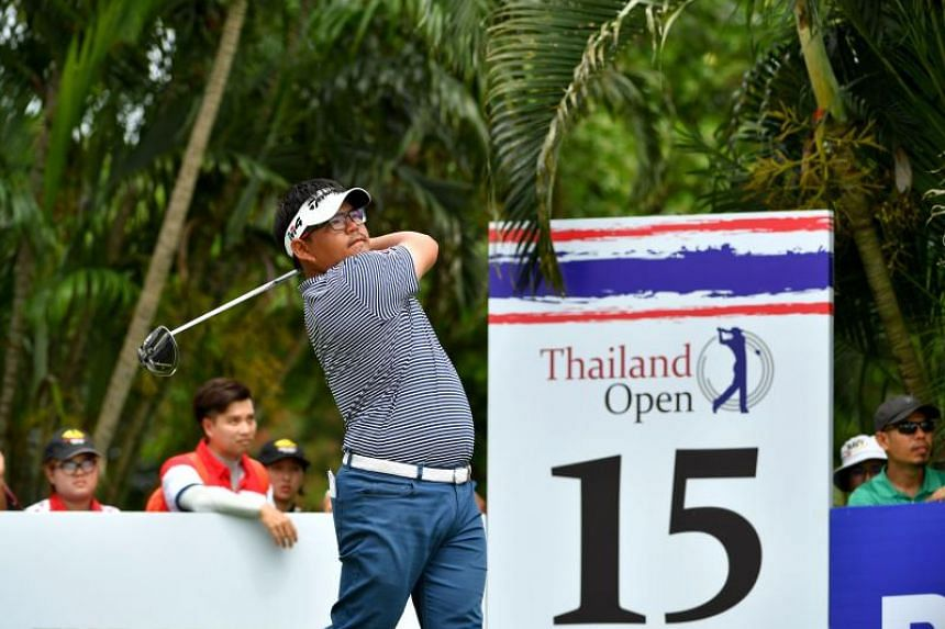 Panuphol Pittayarat hitting a shot during the final round of the Thailand Open golf tournament in Bangkok on June 10, 2018.