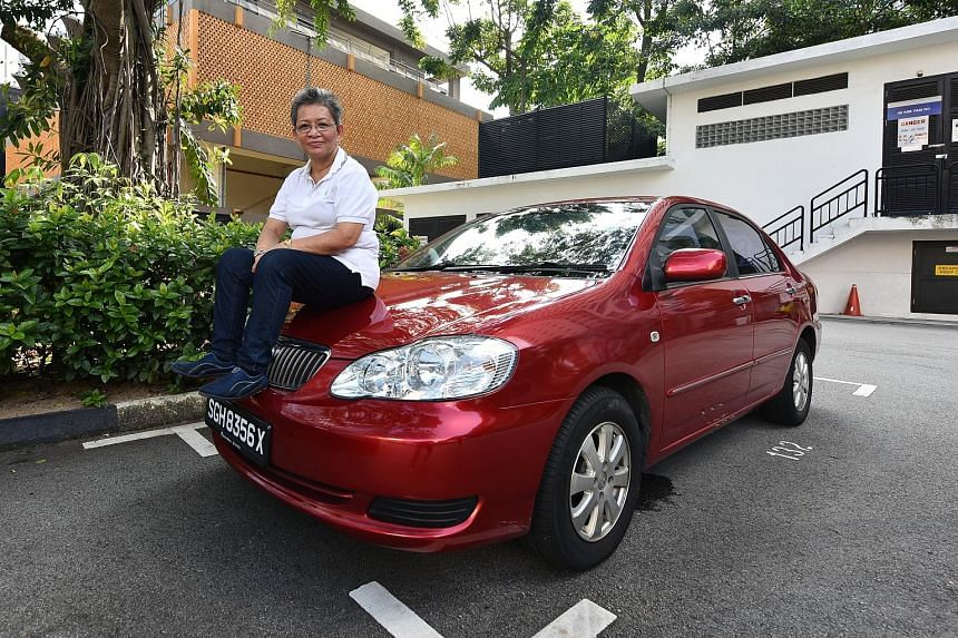 Chinese-speaking Madam Goh Yang Huang has failed the Private Hire Car Driver's Vocational Licence test nine times despite attending the 10-hour course at the Singapore Taxi Academy. But she is determined to pass in order to be financially independent