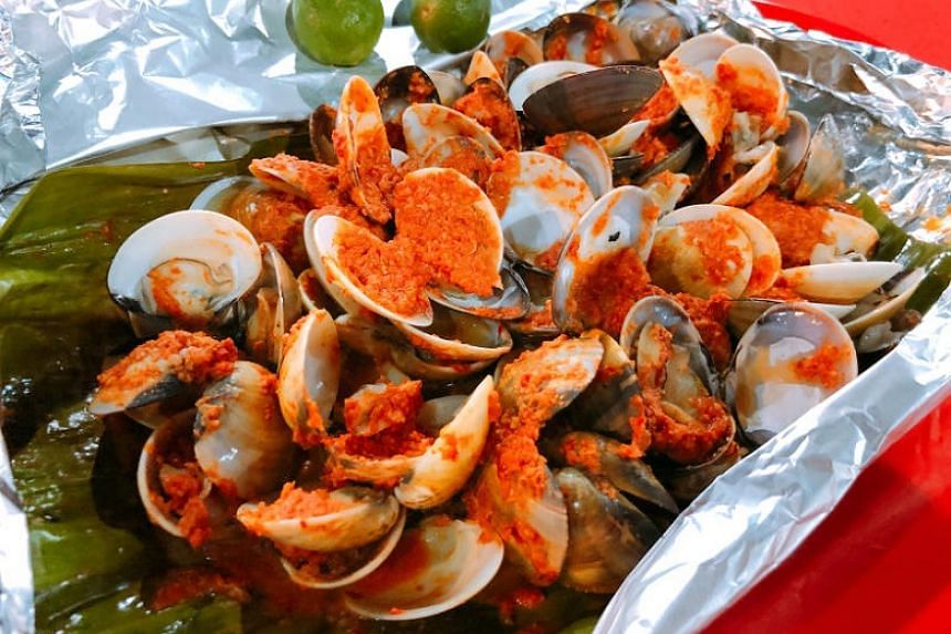 Spicy baked clams.