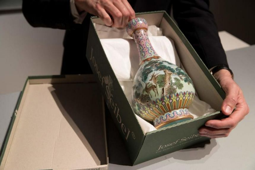 Discovered in a shoe box, a Chinese Qing Dynasty vase was sold for €16.2 million (S$25.5 million), which is more than 30 times the estimated price.