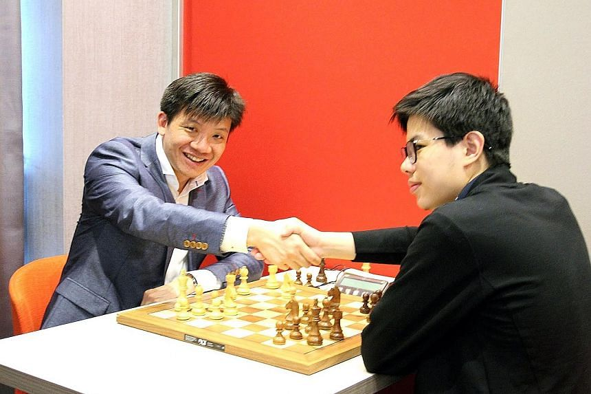 Mr Kevin Goh Wei Ming (left, seen here with international master Liu Xiangyi), a seven-time Singapore national champion and three-time SEA Games bronze medallist, is now ranked 2,494 and must reach 2,500 in the Elo ranking to be grandmaster.
