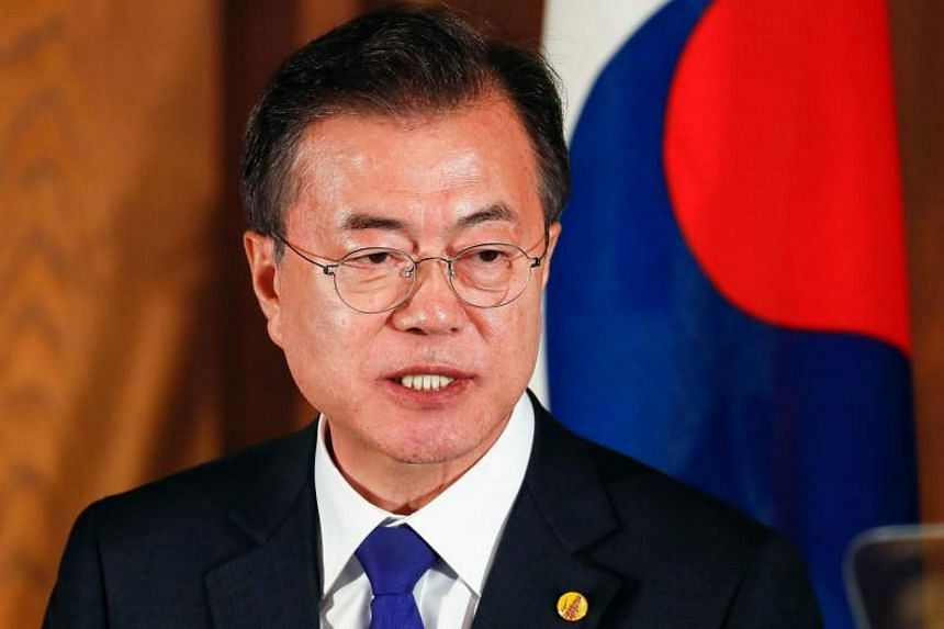 President Moon Jae In's Democratic Party swept 13 of the 17 metropolitan mayoral and gubernatorial posts contested in the latest election.