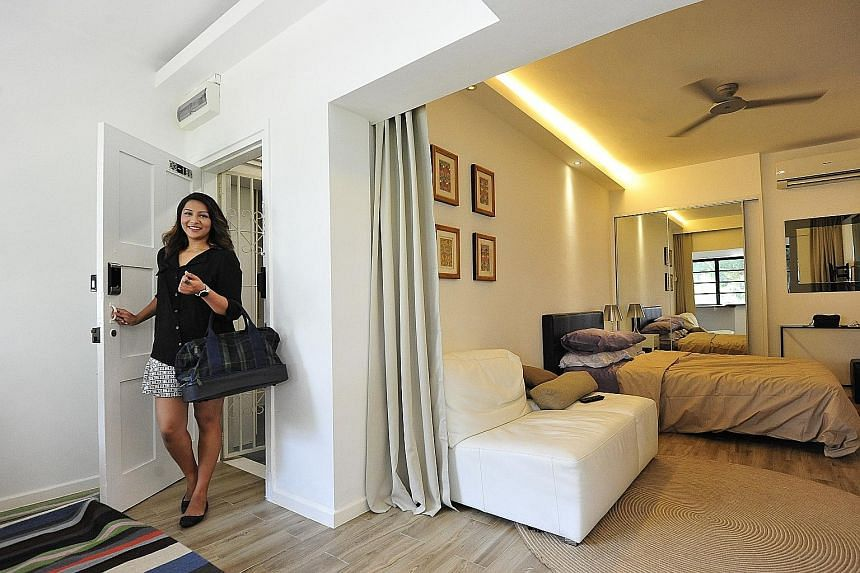 An Airbnb apartment in Tiong Bahru in 2015. The Tanjong Pagar and Tiong Bahru area was among Airbnb's most popular neighbourhoods with 17,000 guests last year, up 55 per cent from 2016, the study said.