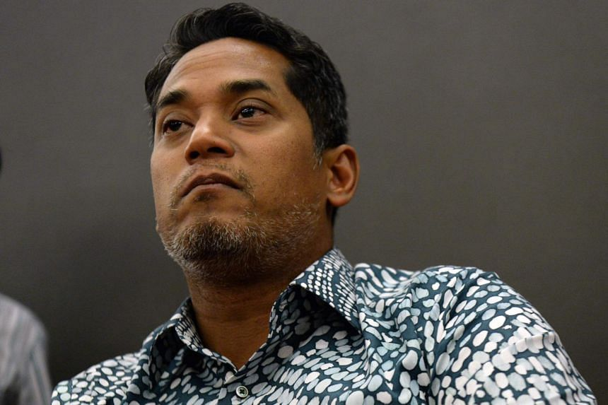 Sources said Umno Youth chief Khairy Jamaluddin is in the process of submitting his nomination papers for the party polls on June 30, 2018.