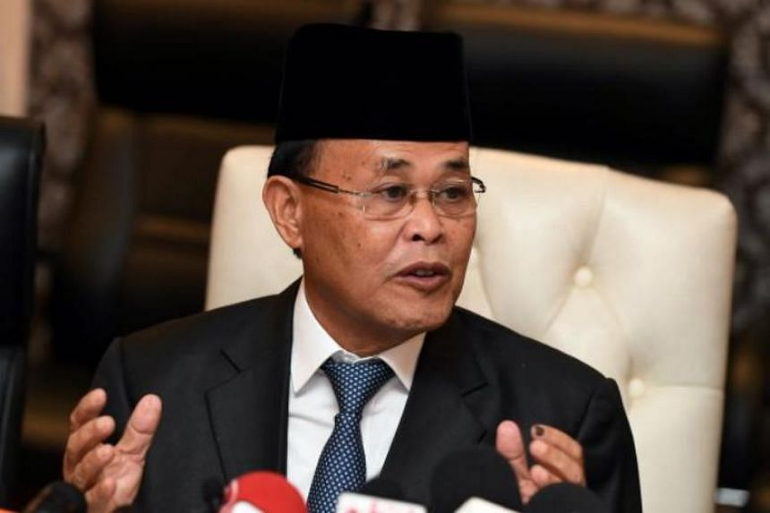 Johor's new Menteri Besar Osman Sapian has said the Johor Baru-Singapore Rapid Transit System Link project would require more land than initially planned and authorities would continue its talks with land owners in order to secure the space.