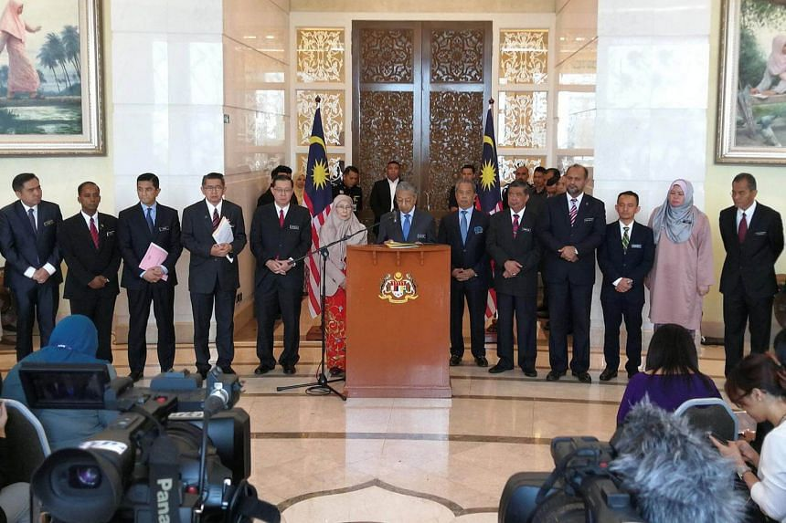 Malaysia's Prime Minister Mahathir Mohamad gives a press conference after a cabinet meeting in Putrajaya on May 30, 2018.