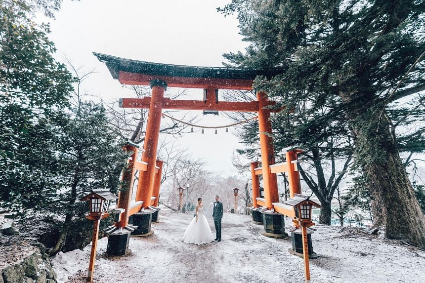 Wedding photography agency OneThreeOneFour, which helps couples take wedding photos in places like Bali (left) and Japan (right), welcomes insurance cover for such overseas photo shoots or destination weddings. Insurers such as Aviva and Chubb Travel