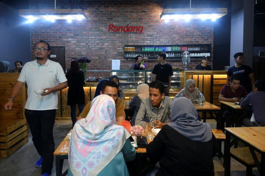 Some restaurant and coffee shop owners had expressed their shock at the announcement that only locals could be recruited as cooks.