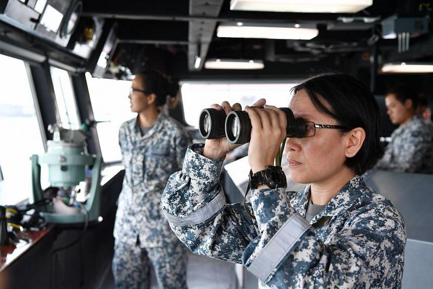SV1 Boon Hui Seng performing Bridge Watchkeeping duties on-board RSS Persistence