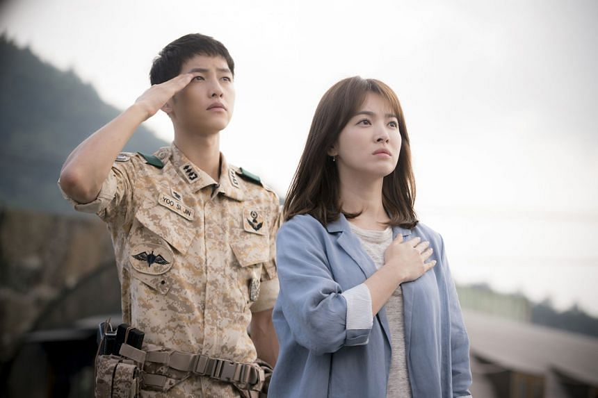 Screenwriter Kim Eun Sook, whose work includes the hit drama Descendants Of The Sun, refuted the rumours on Twitter.