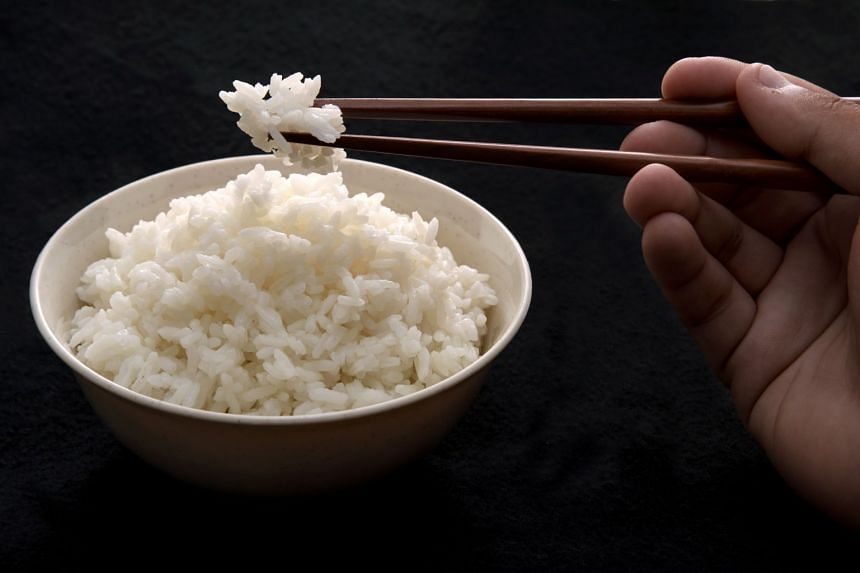 High-GI foods such as white rice, which has a GI value of between 70 and 100, cause rapid spikes in a person's blood sugar level.