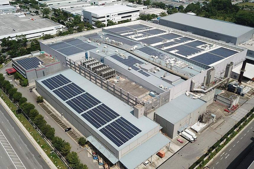 3M's solar farm on the roof of the company's manufacturing plant in Tuas is expected to reduce 3M's carbon emissions by 1,139 tonnes per year. The firm said the solar farm will help it reach its 2025 goal of using renewable energy to power a quarter