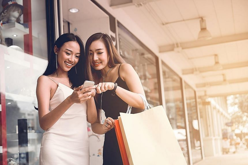 Shoppers no longer want to stick to the same stores, preferring to visit a variety of stores online and off.