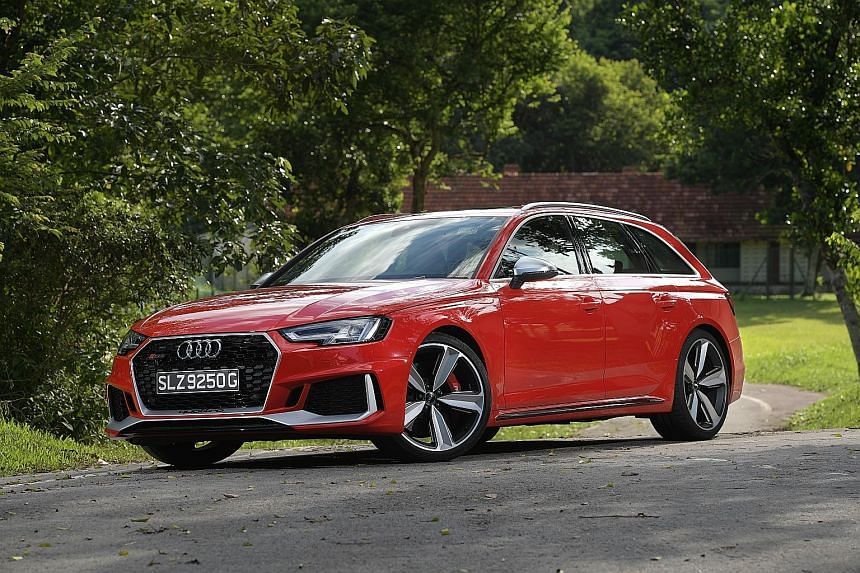 The RS4 Avant's responsiveness goes from mellow to murderous in a measured fashion.