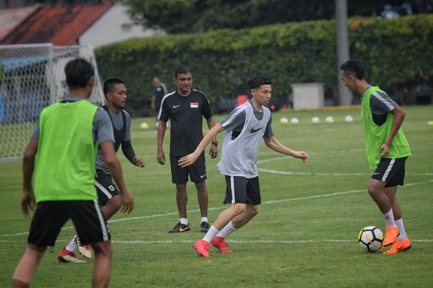 Debutant Ben Davis of Fulham FC under-18's trains with the national team on March 20, 2018.